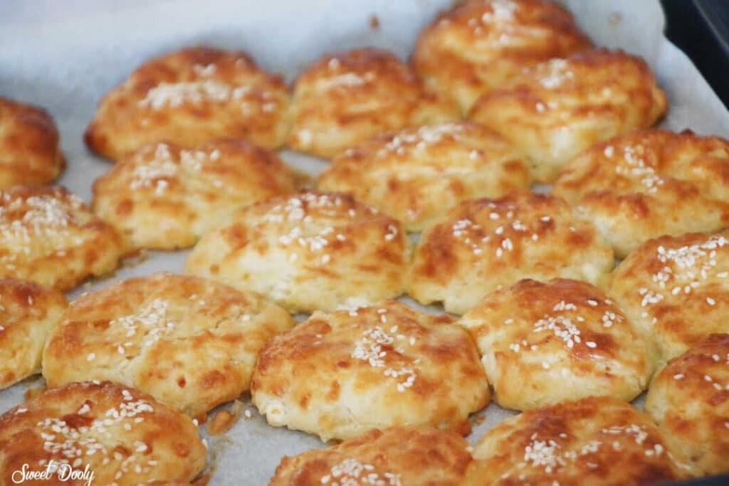 בואיקוס לחמניות גבינה מבית אמא