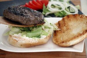 המבורגר מושלם על האש