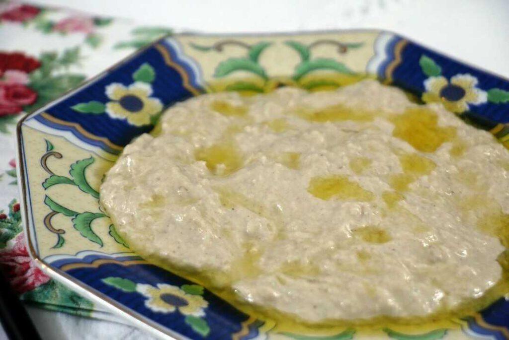 סלט חצילים עם טחינה באבאגנוש