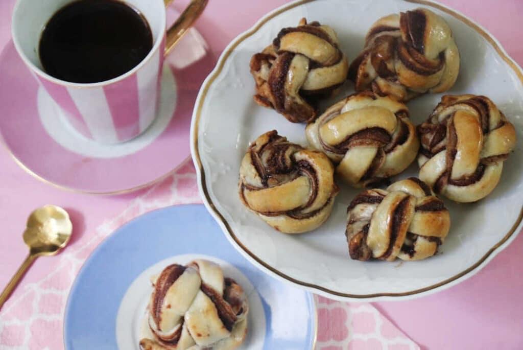 עוגיות שוקולד מסולסלות משני מצרכים