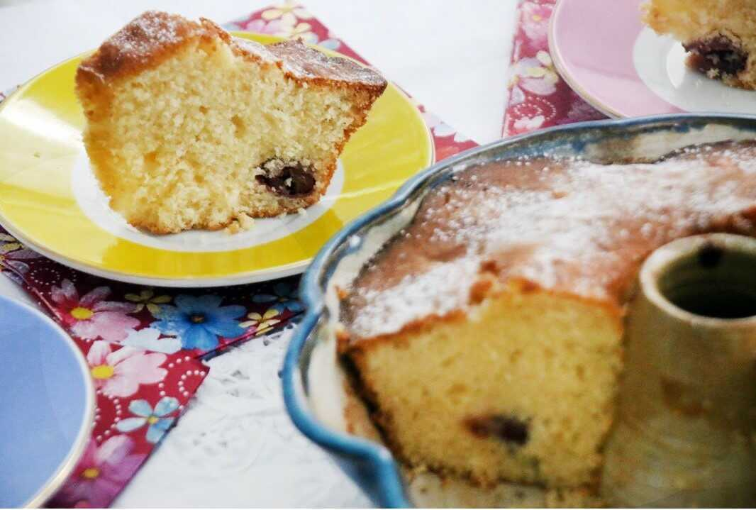 עוגת דובדבנים בחושה פרווה